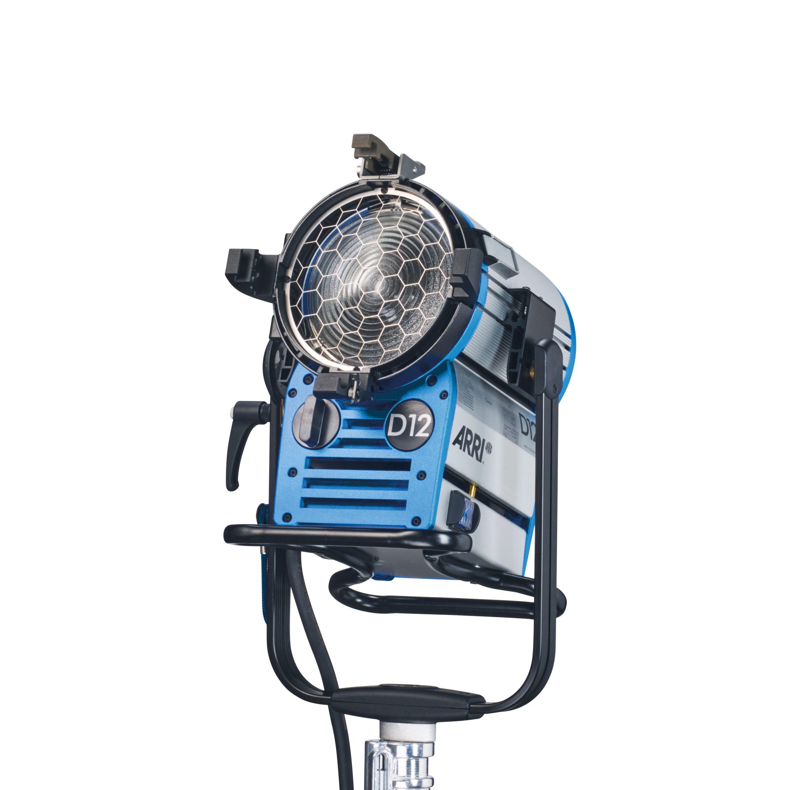 ARRI True Blue D12, MAN, VEAM, blue silver