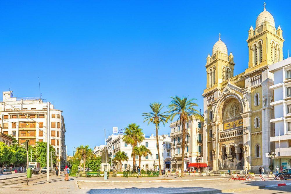 Tunis--2080828395