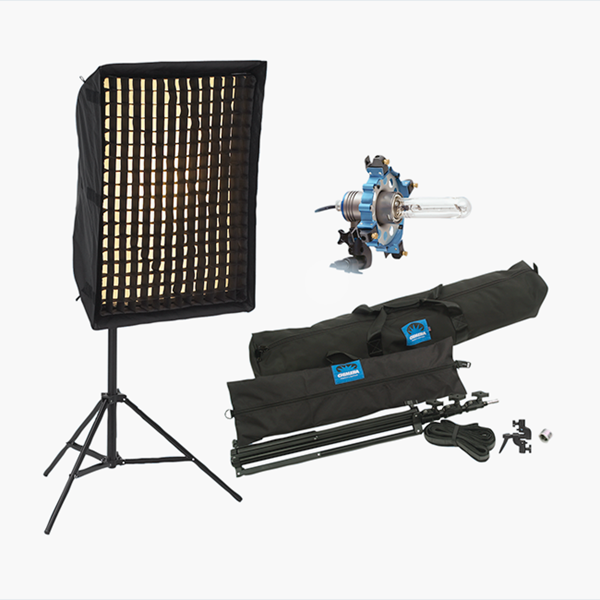 CHI-8005 / Triolet 1000W Light Kit with Grid CHI-8005E